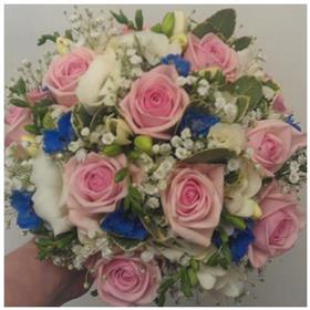 fwthumbpink and blue bouquet.jpg